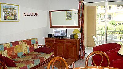 Location saisonnière, Calanques du Parc, Saint Aygulf 83370, piscine, 3 chambres, 6 couchages, garage privé, internet