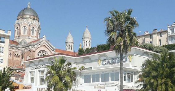 Location Saint Raphael, proche du vieux port, plage du Veillat et de la gare tgv, internet