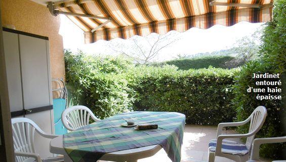Villa avec piscine, Saint Aygulf 83370, 4 chambres, 8 couchages, climatisation, internet
