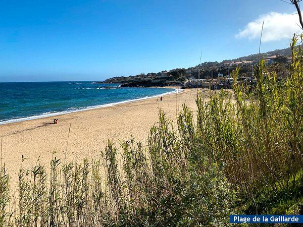 Bord de mer les Issambres 83380, Roquebrune sur Argens, Domaine de la Gaillarde, 2 chambres, 6 couchages, rez de jardin, piscine, wifi internet, 2 étoiles, région paca, Côte d`Azur