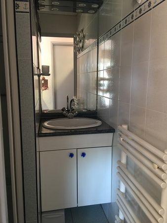 Plage de la Gaillarde, les Issambres 83380, Roquebrune sur Argens, 2 chambres, 6 couchages, rez de jardin, piscine, wifi internet, 2 étoiles, région paca bord de mer