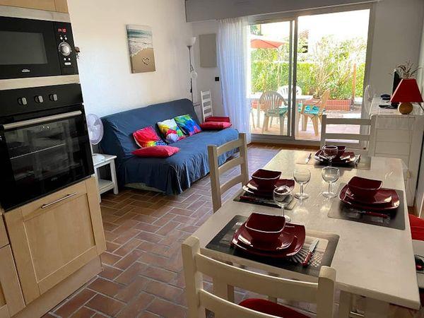 Domaine de la Gaillarde, les Issambres 83380, 2 chambres, rez de jardin, wifi internet, 2 étoiles, location particulier